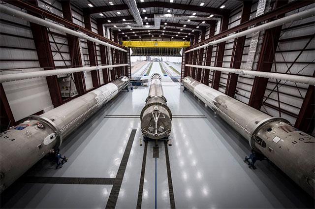 今天凌晨SpaceX火箭回收又成功了 我们究竟在见证什么?