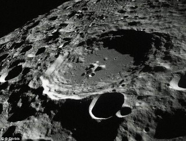 """俄罗斯拟建""""太空巴士""""五天运载人类至月球"""