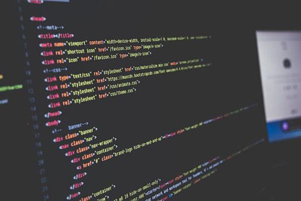 Python与PHP、Java等4大流行语言过招,谁更胜一筹?